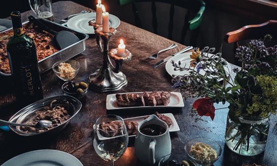 Festessen - Bekocht werden oder selber kochen